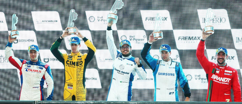Porsche Império Carrera Cup: Na classe 4.0, Pedro Aguiar vence pela primeira vez e Felipe Baptista assume a liderança com vitória na 3.8