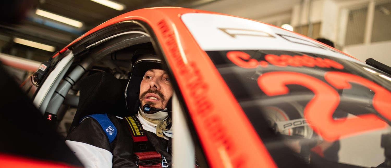 """Danilo Gentili ganha carona de Caio Castro no Porsche #22 e cita """"experiência para a vida"""""""