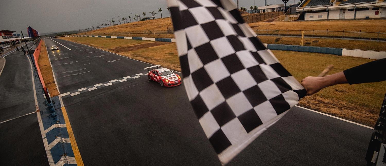 Porsche GT3 Cup: Márcio Mauro conquista sua primeira vitória na categoria