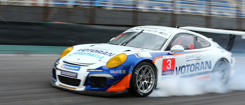Cristian Mohr conquista a sua primeira vitória na Porsche Cup