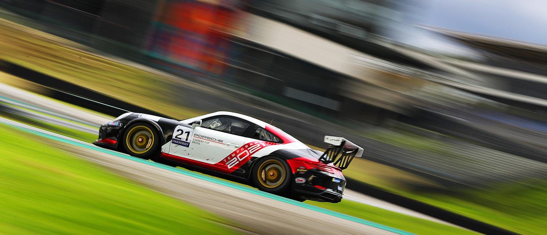 Pré-temporada da Porsche Cup supera 8 mil km percorridos em Interlagos
