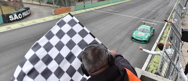 Porsche XP Private Cup lança tema musical da vitória composto por Rick Bonadio