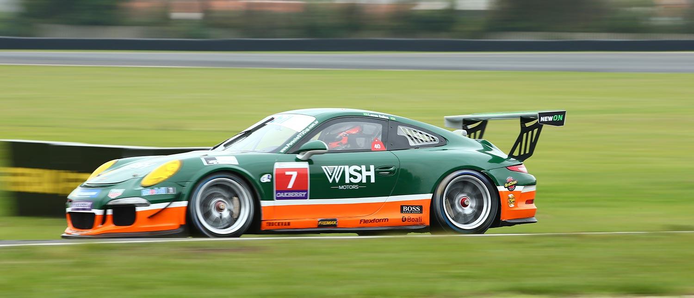 Lucas Salles é pole na GT3 Cup