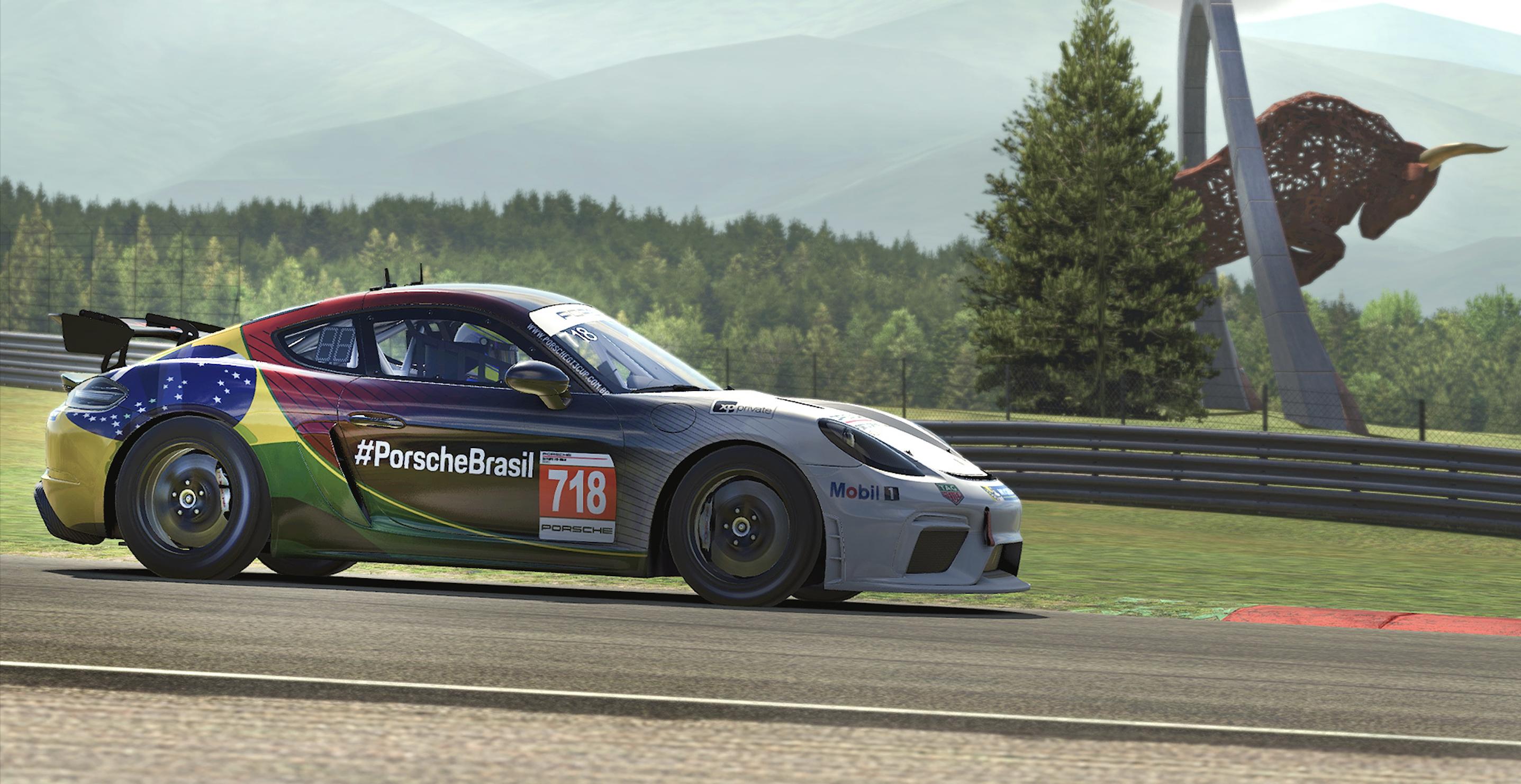 Porsche Esports Sprint Challenge Brasil começa nesta terça-feira
